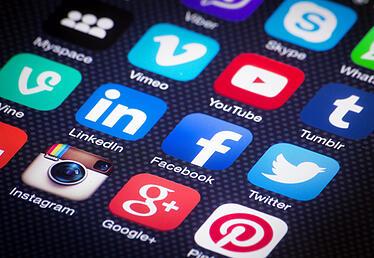 social-media-apps-smartphone