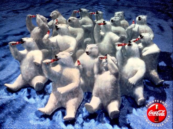 polar_bear_northern_lights